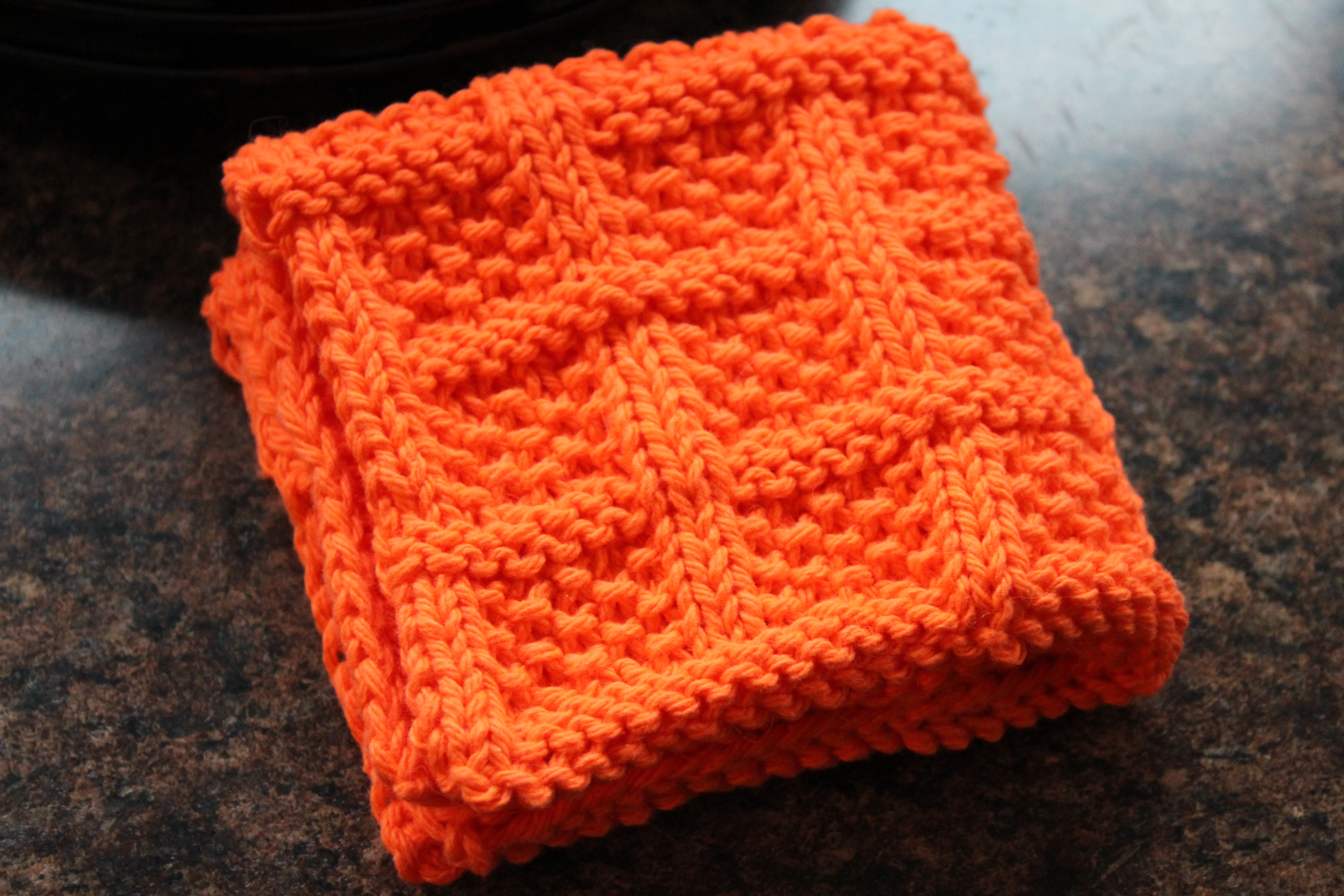 Free Pattern Mitered Dishcloth Knitting : Square Lattice Dishcloth Leah Michelle Designs