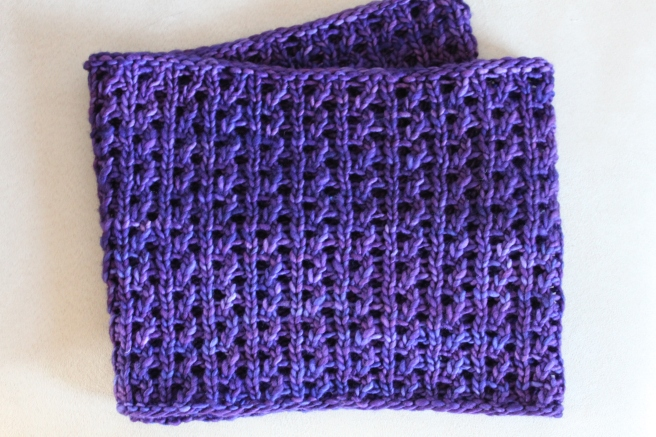 Bulky Lace Cowl Flat