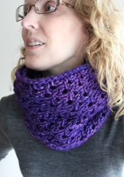 Bulky Lace Cowl Wrong Side tight
